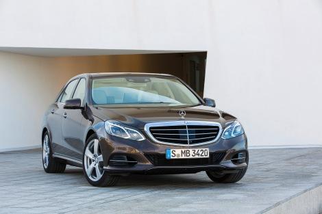 Mercedes-Benz E 300 BlueTec HYBRID, Limousine Elegance, (W 212),