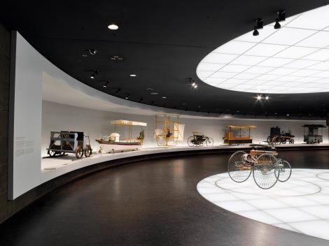 Kasnije je Daimler opremio motorima mnoge Graf Zeppelin letjelice
