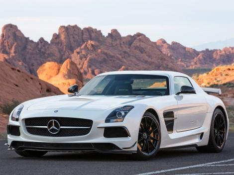 SLS AMG CoupeBlackSeries, prvo mjesto u kategoriji serijskih super sportskih automobila (čitatelji Auto Bilda)